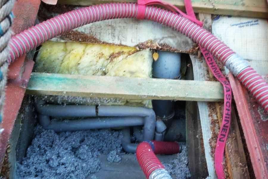 Abseiten, Leitungen dämmen, Frostschutz